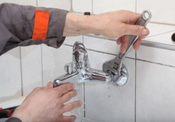 R T Plumbing Services - Plumber in Folkestone